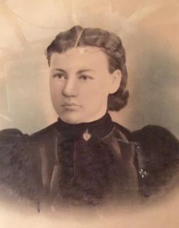 Great Grandmother - Anna Neufeld Ratzlaff 1880 - 1965